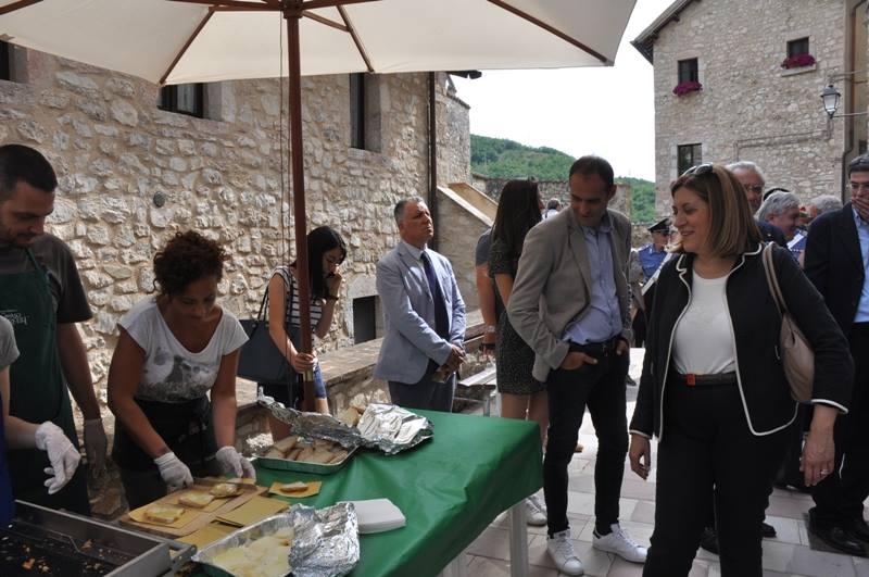 Inaugurazione della Mostra Mercato alla presenza dell'Onorevole Maria Elena Boschi e della Presidente della Regione Umbria Catiuscia Marini-22