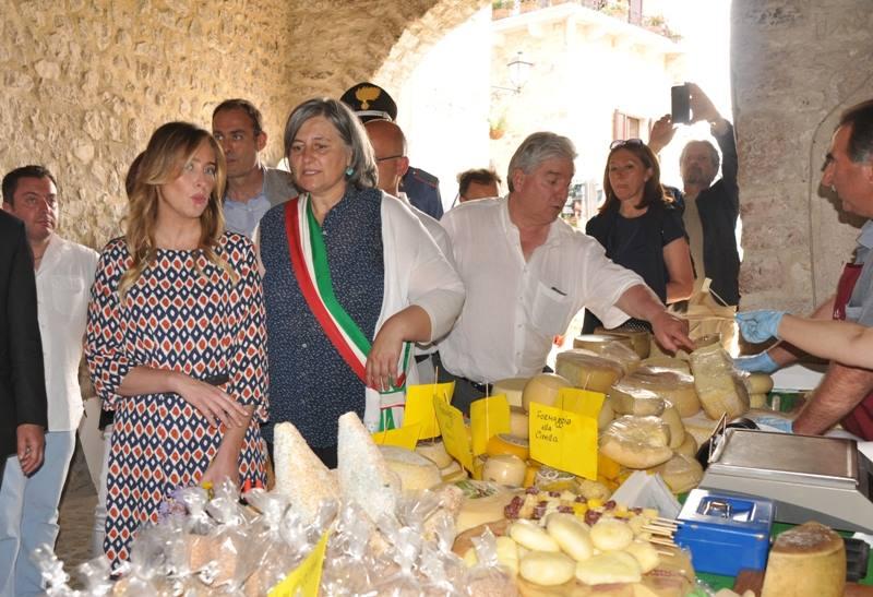 Inaugurazione della Mostra Mercato alla presenza dell'Onorevole Maria Elena Boschi e della Presidente della Regione Umbria Catiuscia Marini-18