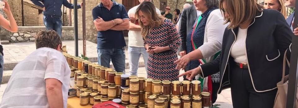Inaugurazione della Mostra Mercato alla presenza dell'Onorevole Maria Elena Boschi e della Presidente della Regione Umbria Catiuscia Marini-16
