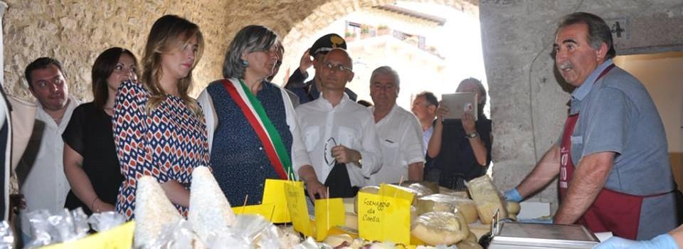 Inaugurazione della Mostra Mercato alla presenza dell'Onorevole Maria Elena Boschi e della Presidente della Regione Umbria Catiuscia Marini-14